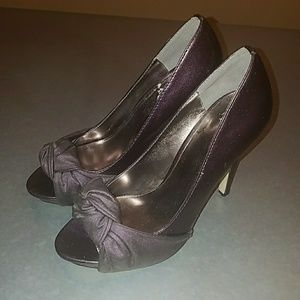 Stylish Purple Pump